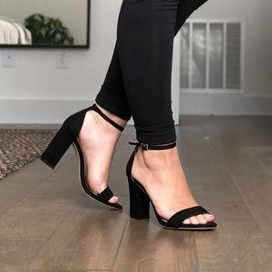 Madden Girl Beella Heels in Black